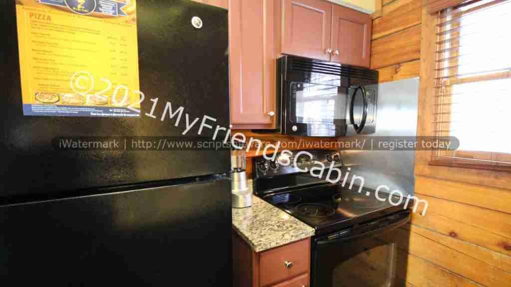 my-friends-cabin-kitchen-3