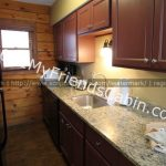 my-friends-cabin-kitchen