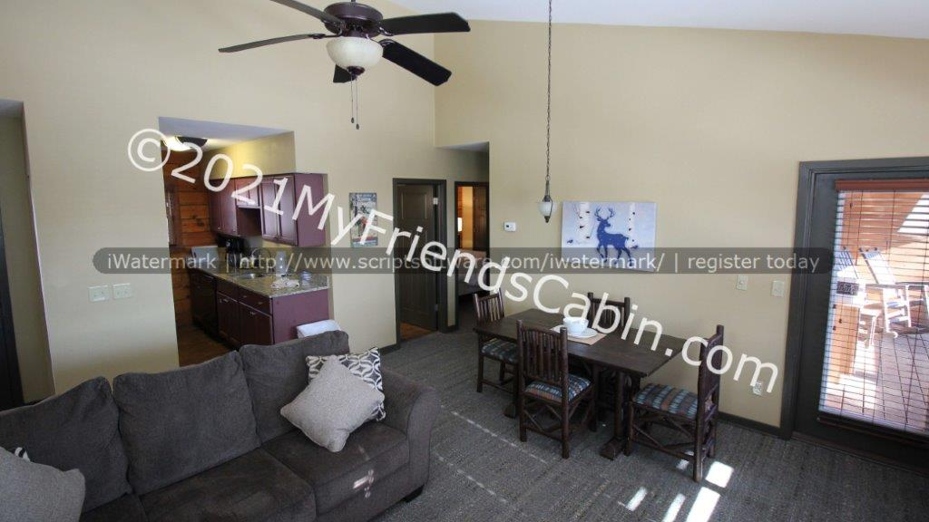 my-friends-cabin-living-room-4