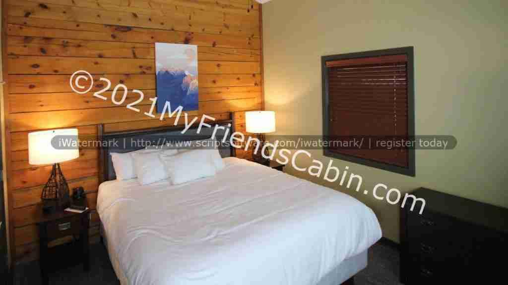 my-friends-cabin-master-bedroom-1