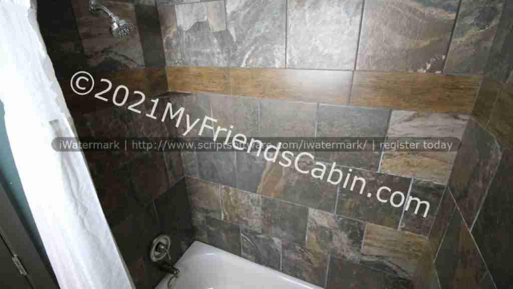 my-friends-cabin-master-bedroom-bathroom-2